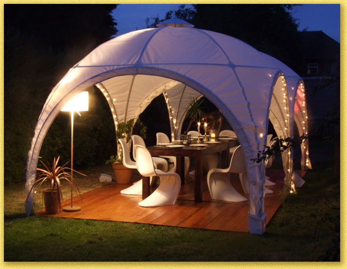 Photograph a cosy little garden marquee & Marquee Hire and Events London from Hectors Haus - Our lovely marquees